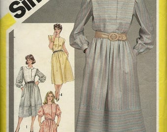 25% OFF Simplicity 6243    Misses Pull-over, Flanged Dress     Soze 10   C1983