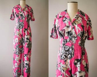 vintage 1980s jumpsuit / 80s novelty print pink jumpsuit / small-medium / En Vogue Jumpsuit