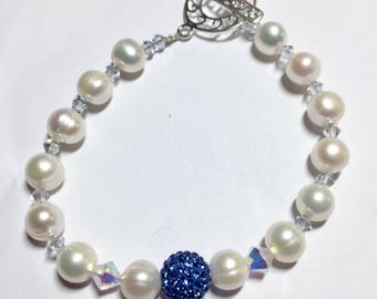 Cultured pearl and Swarovski pave crystal bracelet