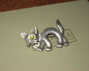 Butler & Wilson vintage silver cat with rhinestone collar and eye