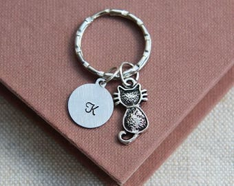 Gift for Girl, Cat keychain, Cat Keyring, Kitty Keychain, Cat Lover Gift, Pet Keychain, Personalized Initial Keychain, Friendship Keychain