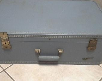 Vintage Blue Lady Baltimore Hard Case Luggage