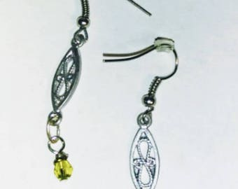 Dangling Filagree Earrings