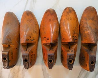 Set of 5 Vintage Wooden Shoe Forms, Cobblers Male Shoe Molds, Industrial Display
