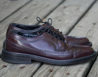 Vintage 90s Oakwoods Wingtip Oxfords- Men's Size 9 Dark Brown