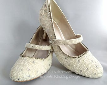 Bridal Ivory Cream Pearl Embellished Wedding Bridal Shoes With Clear Crystals Size 5 (38)