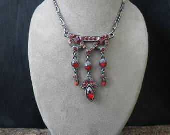 Vintage Art Deco Style Black Necklace Red Coloured Rhinestone Drop Pendant Necklace