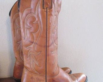 Vintage Womens 1970's Tan Leather Cowboy Boots Made In USA - UK Size 6.5, USA Size 8.5M