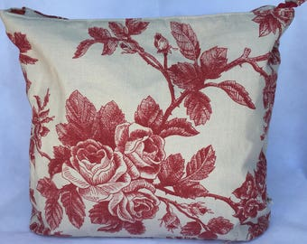 Roses print cosmetics bag, Toiletries bag, Make-up bag, Accessories bag.