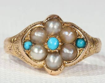 Charming Victorian Turquoise and Pearl Cluster Ring in 18k Gold, c. 1860