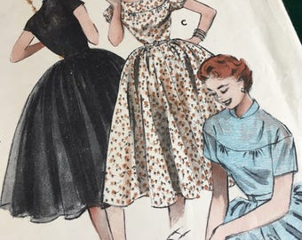 Lovely 1950s Butterick Dress Pattern-used condition. Size stated on pattern.