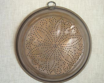 "Vintage Washed Copper Colander Strainer Sieve w/ Hanging Loop 12"" Patina Rustic Primitive Country Kitchen Cottage Chic Decor"
