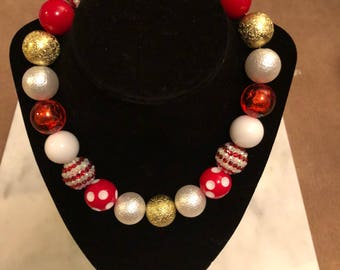 Beautiful valentine beads necklace