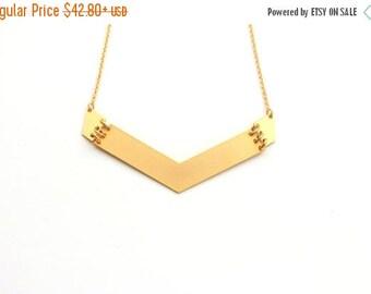 SUMMER SALE 20% OFF Big arrow Pendant Necklace ,Geometric gold necklace, geometric jewelry, bib necklace, statement necklace
