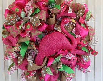 XL Burlap Flamingo wreath.  Burlap Summertime wreath.  Burlap flamingo decor