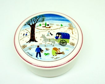 "Villeroy & Boch; Porcelain; Covered Candy Dish; Naif Christmas Pattern; Approx. 3.5""w x 2""h; Made in Luxembourg !!!"