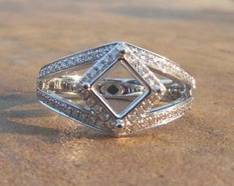 14K White Gold 5.5mm Princess Cut Semi Mount Ring, Engagement Ring, Diamond Ring, Promise Ring
