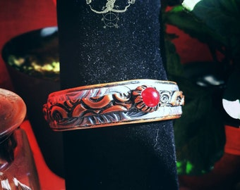 Polymer imitation Pearl and metal bracelet red jade - Cuff Bracelet, red jade, larp, fantasy, ethnic, witchcraft, pagan