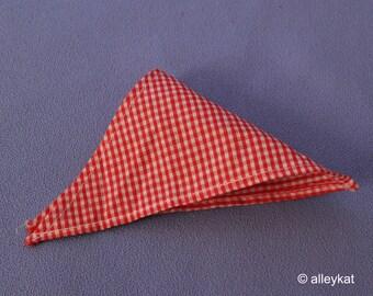 Vintage Barbie Little Red Riding Hood Napkin, Fashion #0880, Near Mint