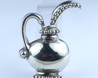 Taxco Mexican silver jug posy brooch