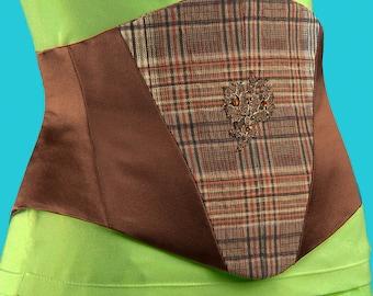 Serre Taille  ECOSSAIS Pièce Unique soie/coton écossais et  écusson brodé