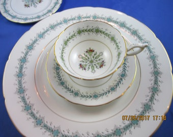 COALPORT   England Fine bone china dinnerware GENEVA 4 pc Set