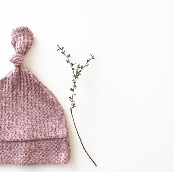 Beanie/Hat - Infant Knot Beanie in Light Mauve Waffle Knit