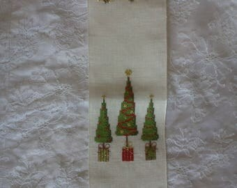"cross stitch wall Christmas ""3 trees"""