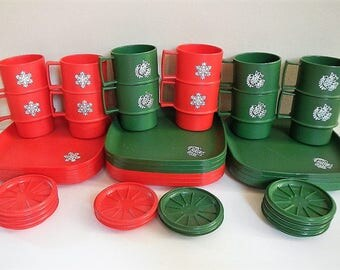 Vintage Tupperware Christmas Plates, Mugs, Coasters - CHOICE of red, green or mixed 4 place settings - 1534, 1313, 1312, snowflake,dove,Xmas