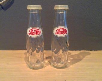 Vintage Pepsi Glass Soda Bottle Salt and Pepper Shakers / Pepsi Advertising Salt and Pepper Shakers / Brockway Glass Co
