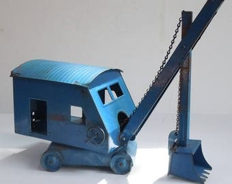 Structo Vintage Crane / Digger / Shovel / Pressed Steel Childs Toy / Good Condition / Great Color