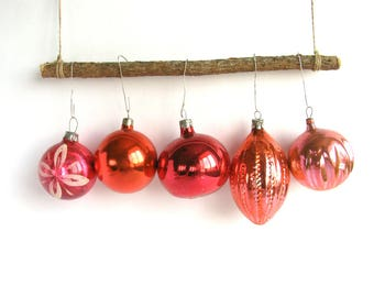 5 pink glass Christmas tree ornaments,  Baubles, Set of 5, Soviet Xmas tree decoration, New Year,  USSR, Soviet Union, 1970s, 70s