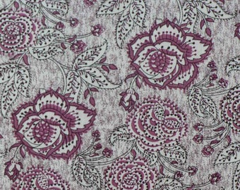 Cotton with large plum flowers/Arabesque