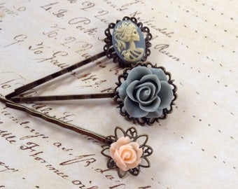 Gothic Glam She Skull And Flower Hair Clips