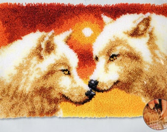SUNSET WOLVES Latch Hook Rug Making Kit, Brand New Vervaco