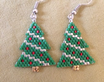 Christmas trees beaded earrings