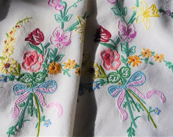 """Vintage Tablecloth Hand Embroidered Linen  'Country Flowers'  46"""" x 50"""" 117cms x 127cms"""