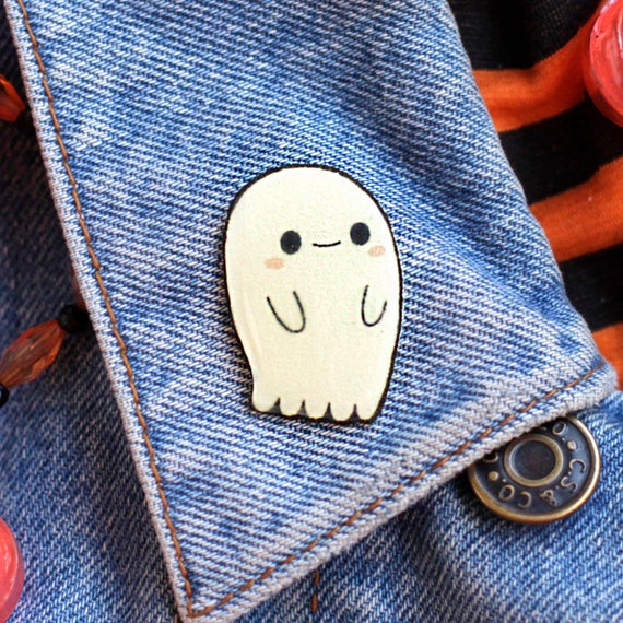 Glow in the Dark Ghostie Pin