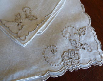 4 Vintage Irish Linen Place Mats & 4 Napkins, Cream Linen and Taupe Madeira Embroidery, Excellent Condition