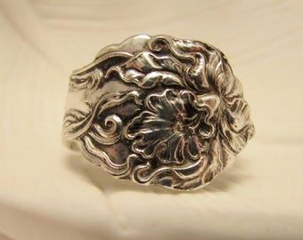 Spoon ring. Amaryllis Spoon ring. Art Nouveau pattern.