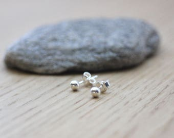 Sterling silver ball earrings 4mm - silver earrings - minimalist earrings - silver beads earrings