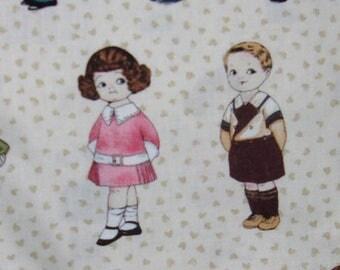 8 vignettes  poupées en tissu coton