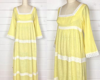 Vintage 1970s Pastel Yellow Lace Trim Maxi Dress / Empire Waist / Made by Gilead / Hippie Dress