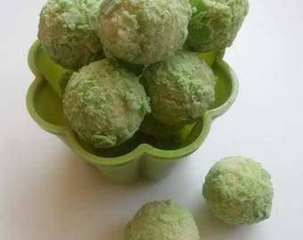 Mojito (Rum, Mint & Lime) White Chocolate Truffles - Assorted Pack Sizes 2-12 Pieces