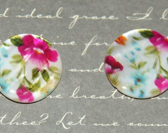 2 Pearl pucks floral and colorful 20mm