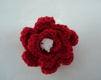 Set of 10 red flowers with white heart crochet Ø 3 cm. ref: Z57 3 F45