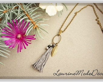 Tassel necklace and beads, black and white