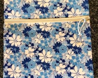 Reusable Zipper Bag - Blue/White Floral