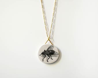 Pendant + chain, the fly ! Handmade & Hand drawn. Unique gift, woman gift, wedding gift, jewel, jewelry, necklace