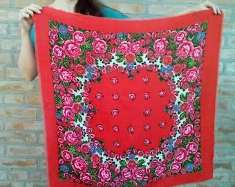 Free shippng! Vintage red Woolen shawl in folk \ boho style Ukranian Russian shawl.Pink Roses Pattern